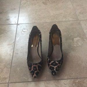 Michael Kors leather leopard hairon pumps